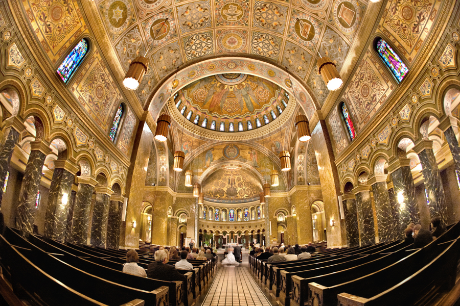 Свети Климент, Чикаго, САД – Римокатоличка црква (Изградена 1918 година)