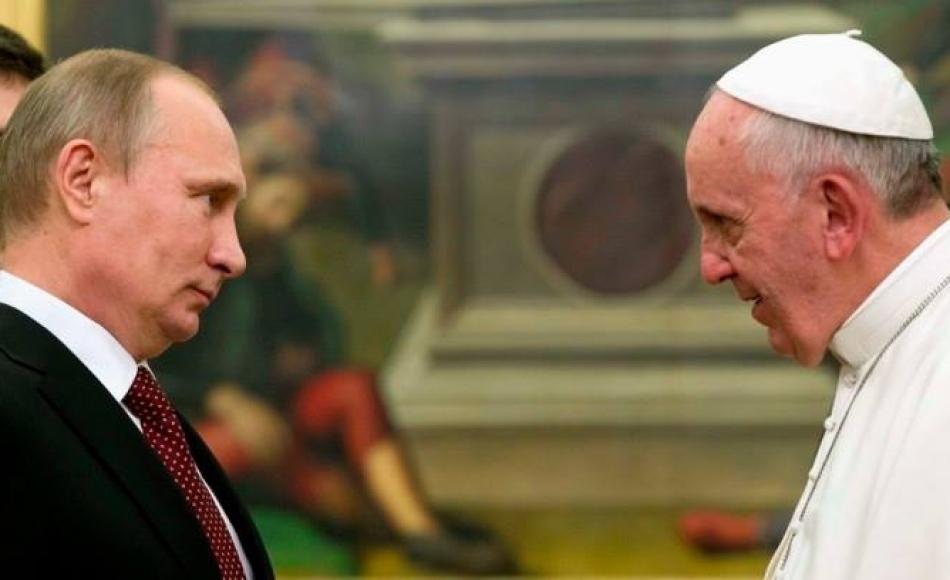 """Папата се""""крсти"""" во Путин за спас на Христијаните"""