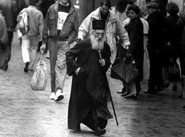 Деветте тајни на патријархот Павле
