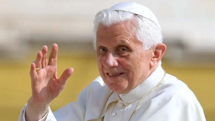 Поранешниот папа Бенедикт  XVI ја најави својата смрт