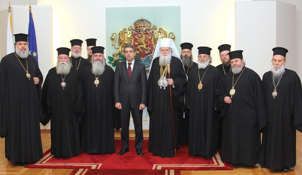 Бугарија забранува политичка агитација од верските заедници