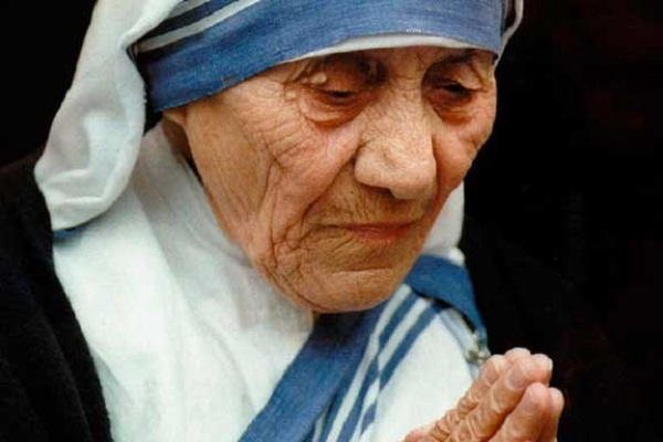 Mother-Teresa 3