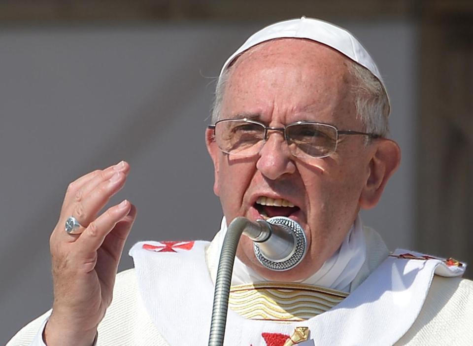 Франциск: На црквата не и требаат валканите пари