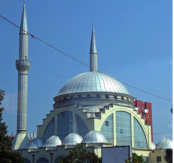 Џамијата во Скадар (Албанија)