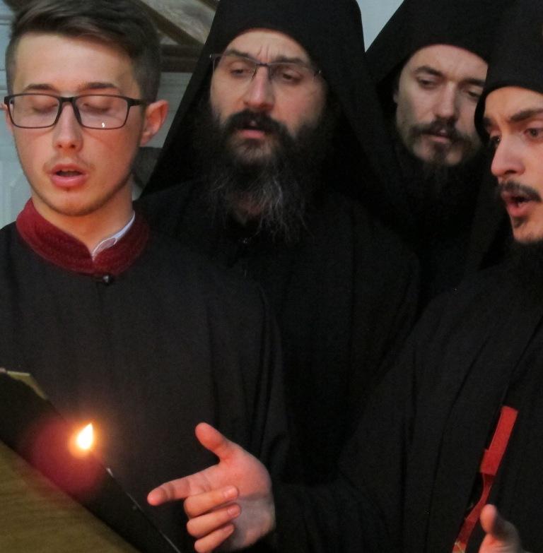 ВИДЕО: Македонско црковно пеење, колку фантастично звучи