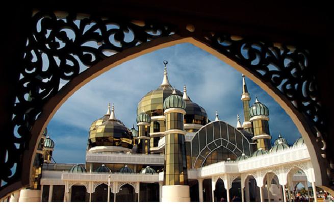 Кристалната Џамија (Теренгану, Малезија)