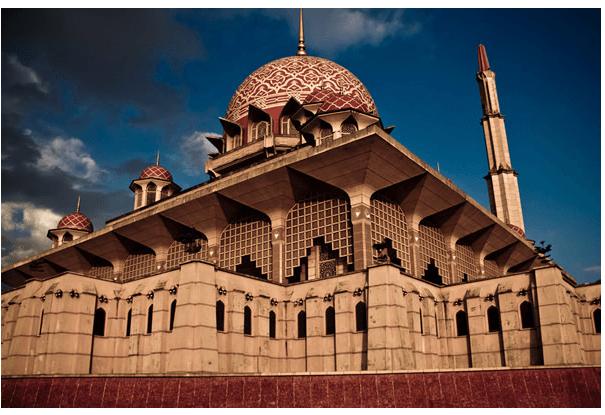 Путра Џамијата (Путраџаја, Малезија)