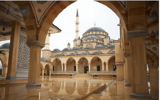 Ахмад Кадиров Џамијата (Грозни, Чеченија)
