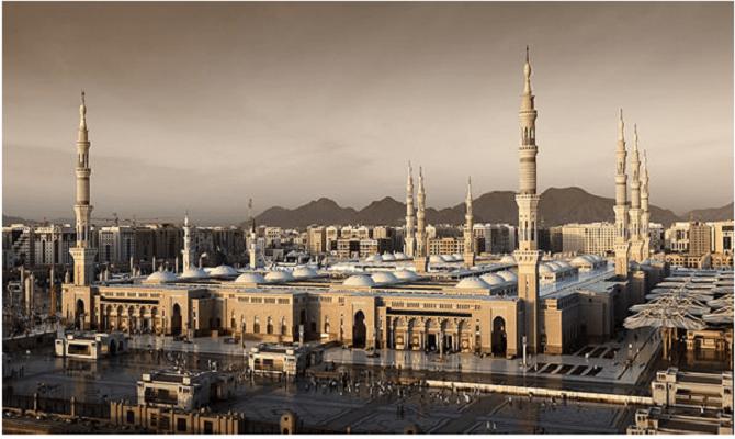 Џамија Медина, (Саудиска Арабија)