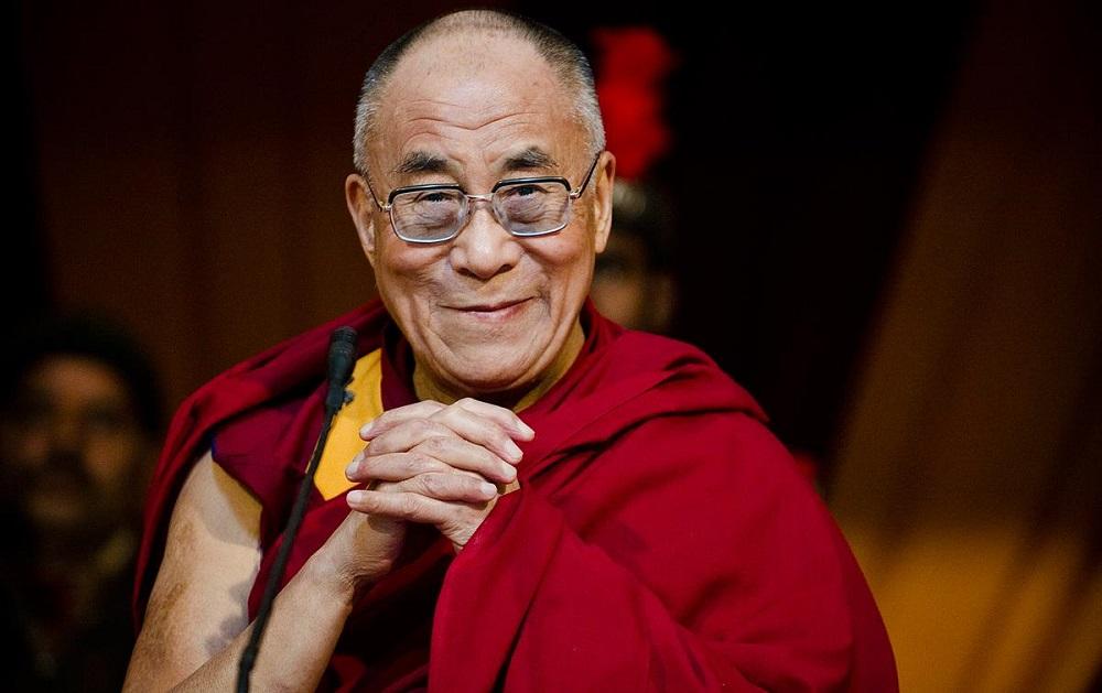 Далај Лама: Европа им припаѓа на Европејците, бегалците да се вратат дома