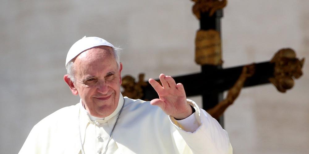 Папата им го честита Велигден на православните