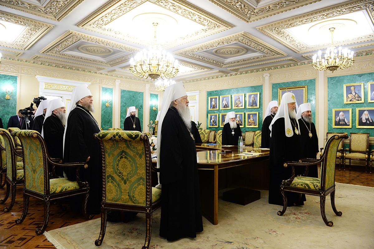 Руски верници му пишаа на Патријархот Кирил – Грешите, Украина има право на автокефалност