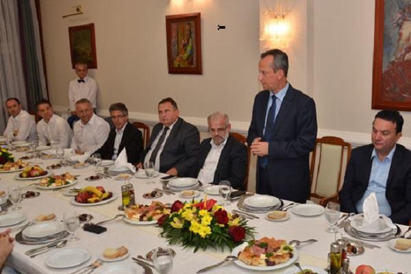 Ифтар вечера со Спикерот Вељаноски во Собранието