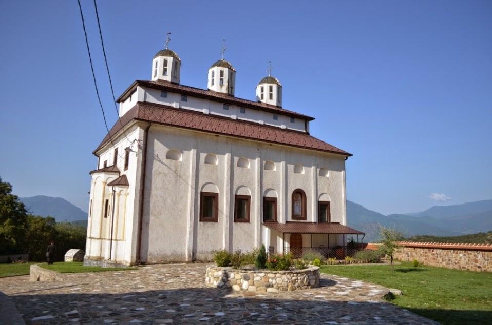 МИЛЕ ГИНОВСKИ, KРИМИНОЛОГ ОД СKОПЈЕ: Во манастирот Согле ја видов мајката божја