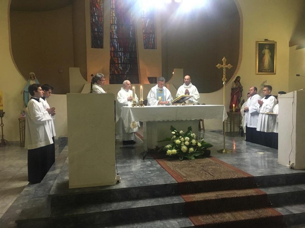 Католичката црква служеше Света Миса за македонската независност