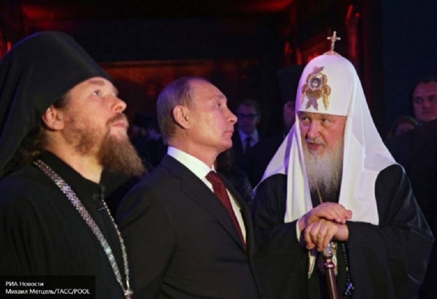 Епископот Тихоин, Путин и Рускиот Патријарх