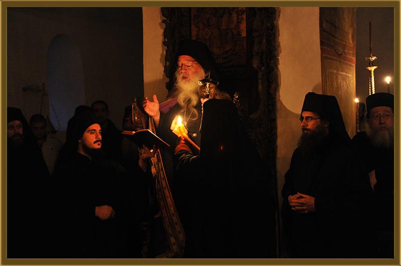 Аримандрит Порфириј (ГПЦ): Заедно со светата глава на Свети Климент да прославиме 1000 години од Бигорскиот манастир