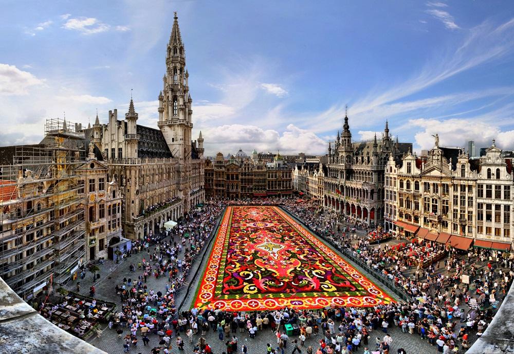АНКЕТА: Брисел до 2030 година ќе биде мнозински муслимански град