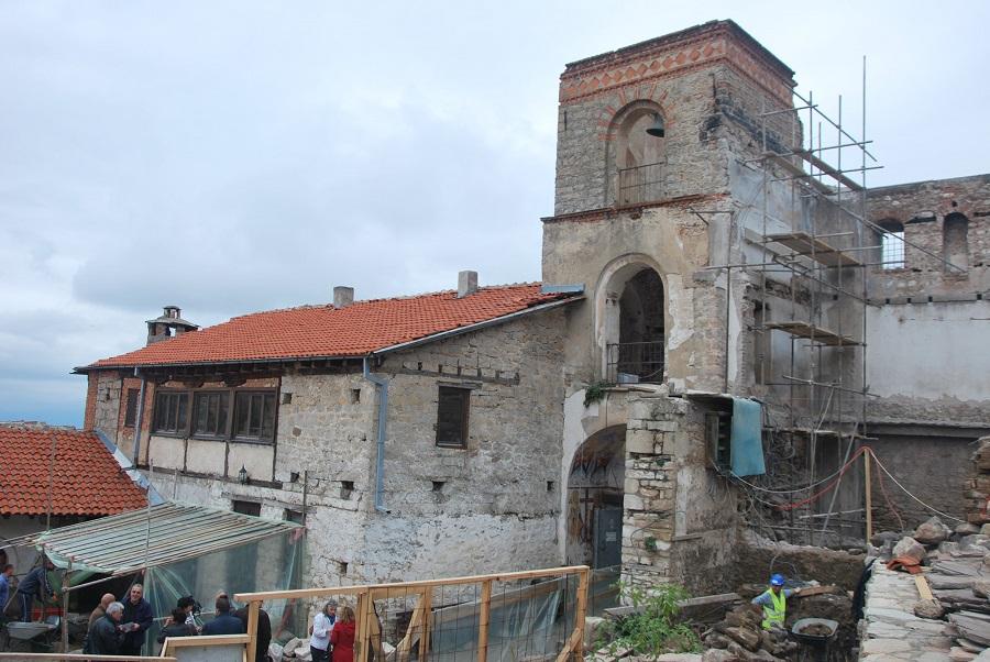 Обнова на конаците на Трескавец до крајот на следната година, најави министерката Канческа Милевска