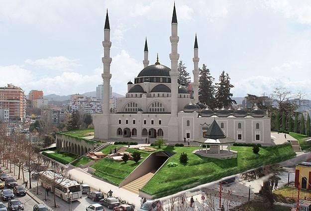 Најмалку десет џамии во Албанија сè уште вон контрола
