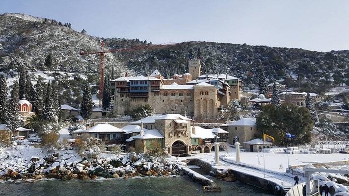 Снежни пејсажи од Атос и Хиландар
