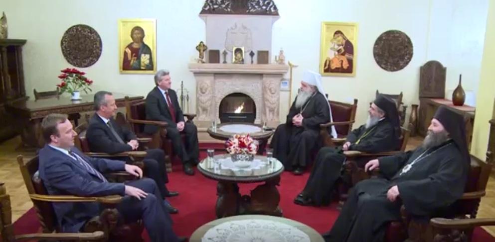 Архиепископот ги пречека Иванов, Вељаноски и Димитриев