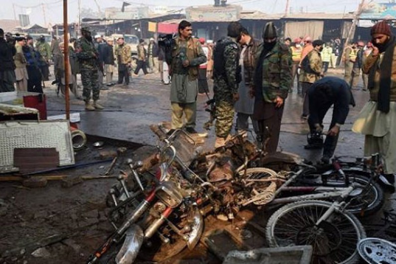 Најмалку 39 екстремисти убиени во операција на Пакистан по нападот на џамијата
