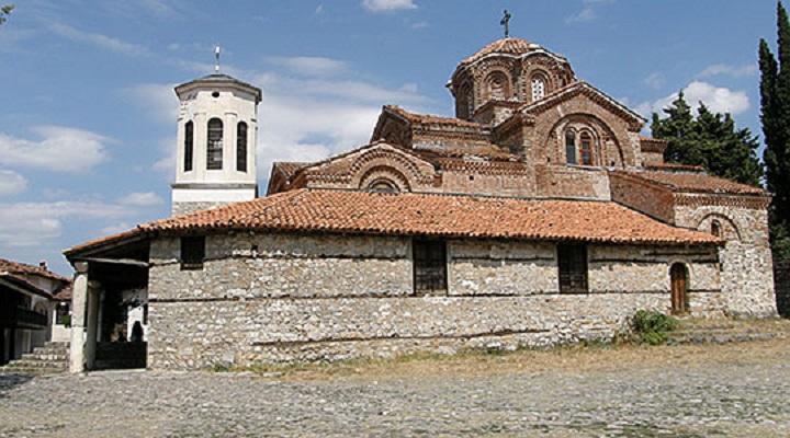 Црквата  Света Богородица   Перивлепта  со ново осветлување