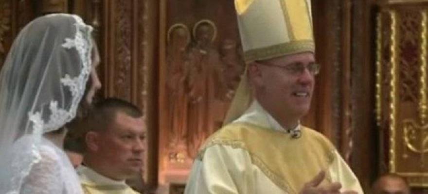 Професорка по теологија се омажи за Исус Христос