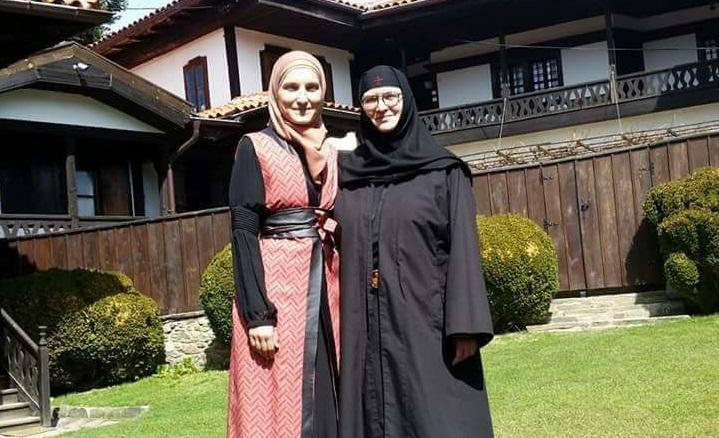 Религијата не ја дискриминира жената, исламот не забранува едукација на жената