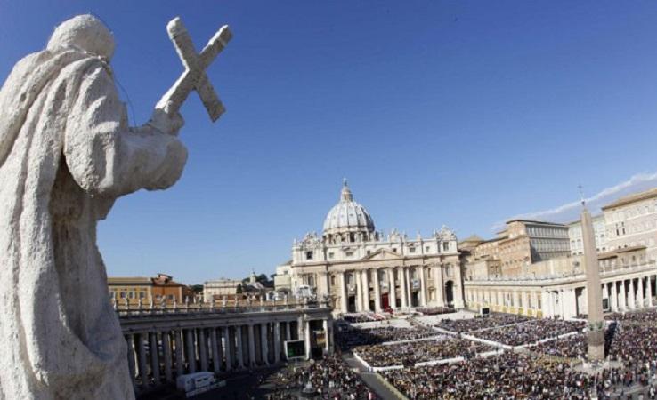 Што се случува во Ватикан