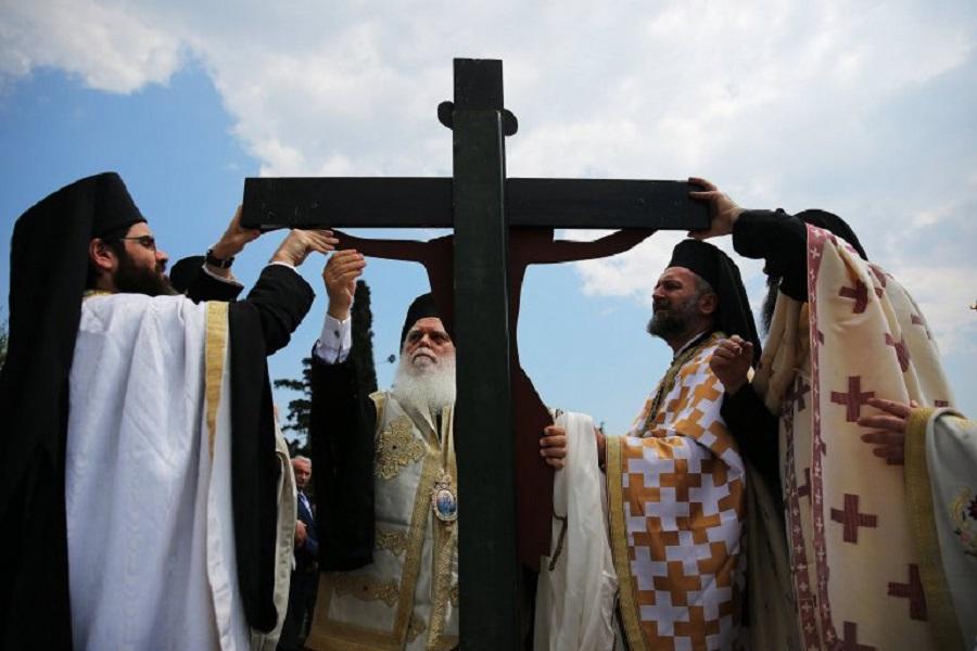 Orthodox Good Friday ceremony in Athens