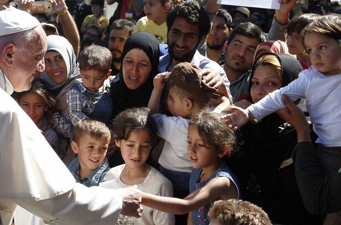 ФРАНЦИСК  Стравувам од опасните сојузи против мигрантите