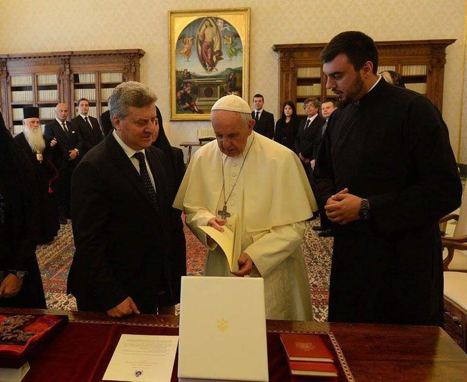 Македонски теолог работи како предеведувач кај папата Франциск