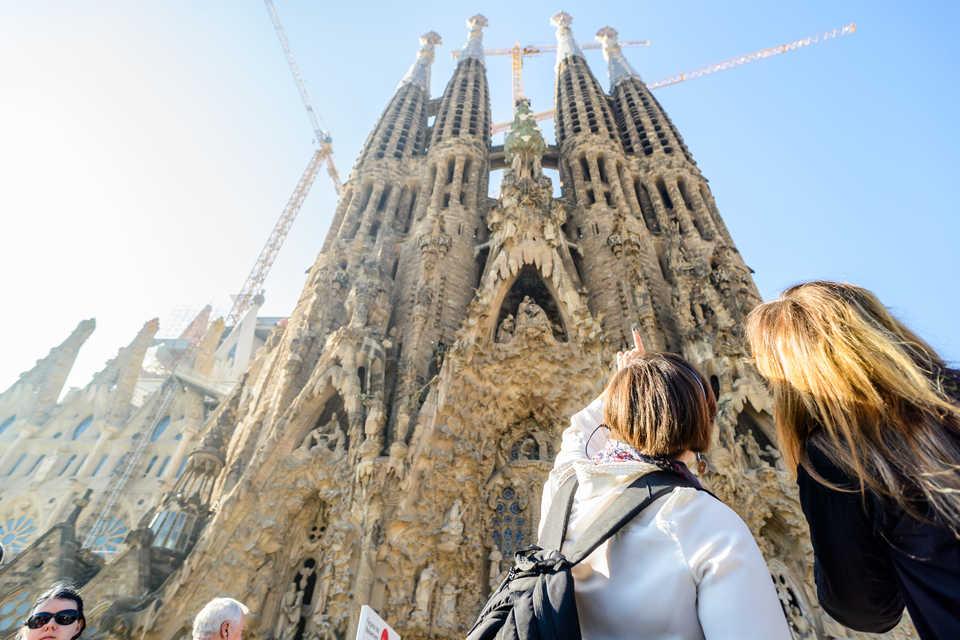 Терористите планирале напад на соборниот храм во Барселона