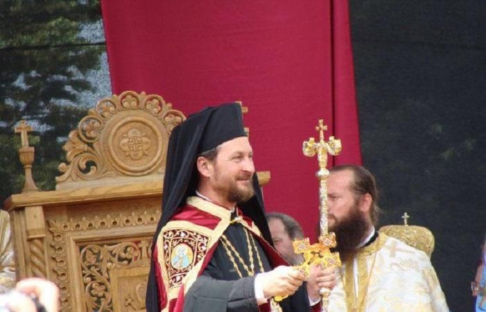 Романски епископ вмешан во секс скандал со 17 годишно момче