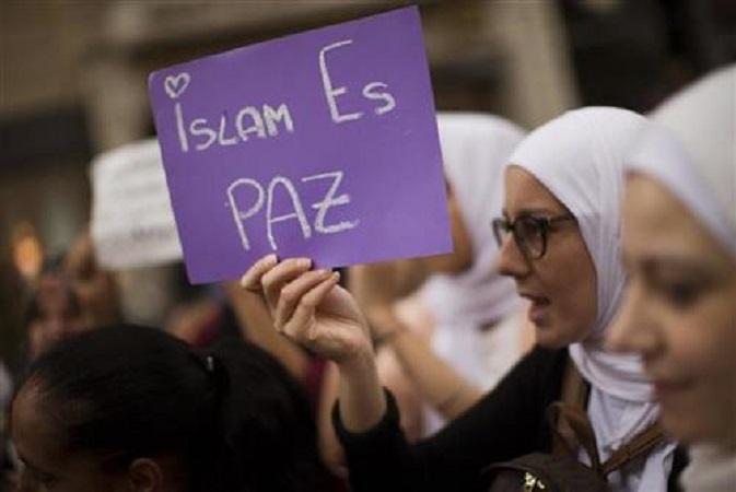 Муслиманите од Шпанија го осудија тероризмот