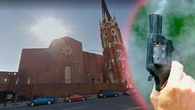 (ВИДЕО) Крвава пресметка во црква во САД – Едно лице загина