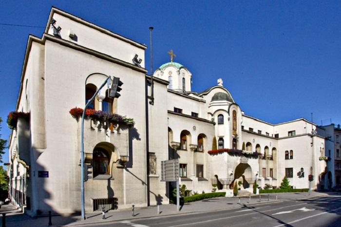 СПЦ: Само Охридската архиепископија на Вранишковски е канонска црква во Македонија