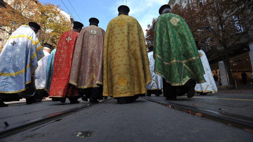 Синдикатот на свештеници на БПЦ бара автокефалност за МПЦ