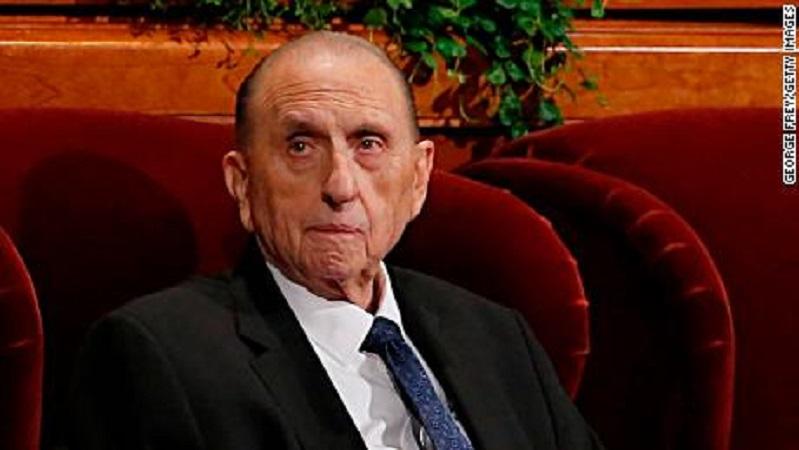 На 91 година почина поглаварот на Мормоните