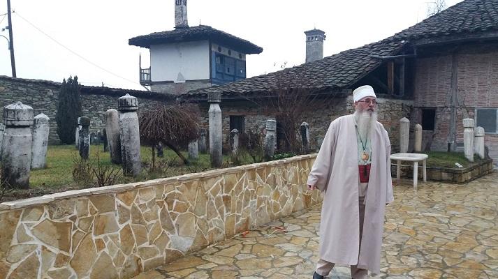 Тетовското теќе 480 години ја чува историјата на Бектешите  спорот со ИВЗ останува