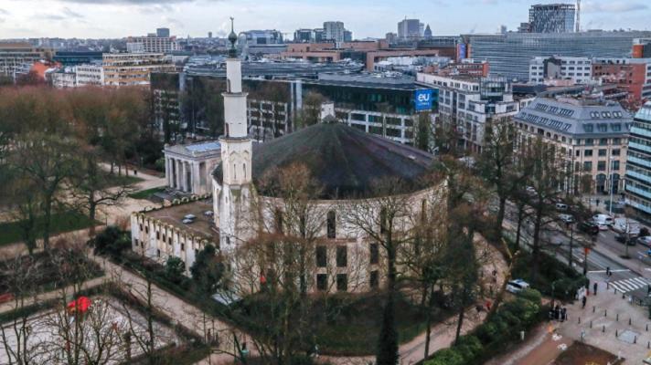 Клучен потег против радикализацијата на муслиманите? Саудиска Арабија повеќе нема да ја контролира најголемата џамија во Брисел