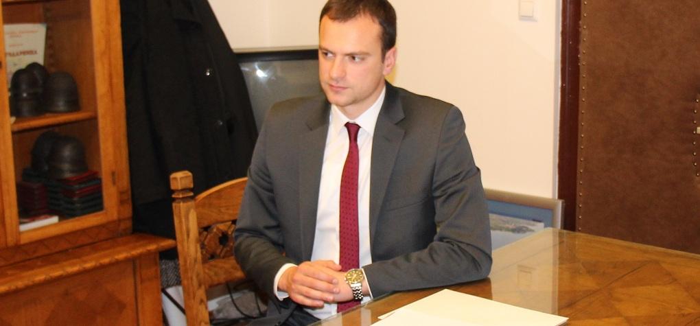 Сотировски: На верските обреди не им е место во образовните објекти