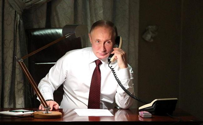 """Путин понуди да ги испрати """"најдобрите руски експерти"""" за да помогнат во обновата на Нотр Дам"""