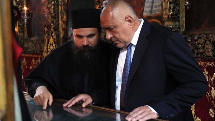 Борисов на Света Гора: Православието не сочува како нација