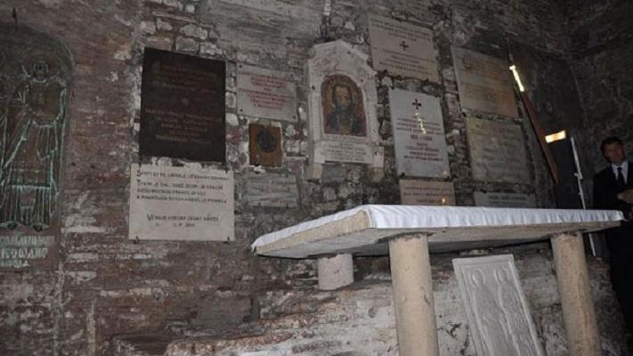 Половина век македонски поклоненија на гробот на свети Кирил философ