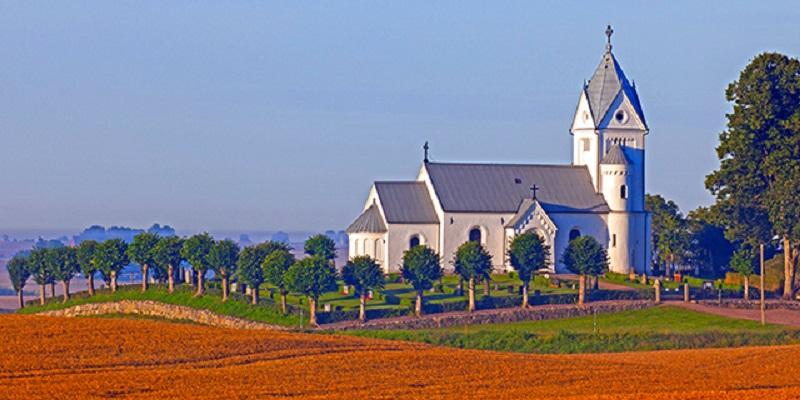 Анкета: Христијани во Западна Европа се понетолерантни кон имигранти и малцинства отколку атеистите