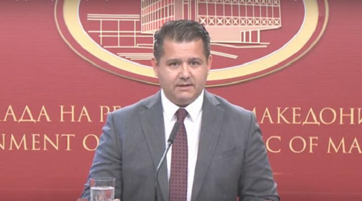 Бошњаковски: Владата не се меша во работата на верските заедници