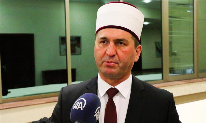 Штипскиот муфтија за ифтарот во училиштето во Радовиш
